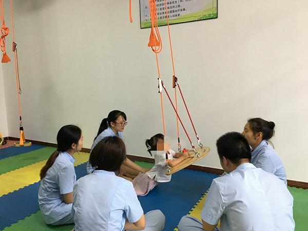 儿童悬吊训练